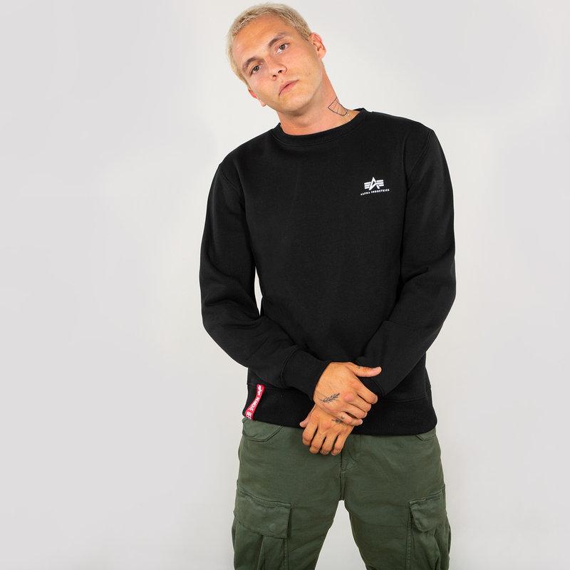 Basic Sweater Small Logo - black
